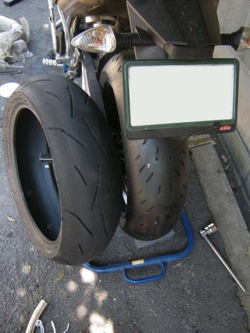 タイヤ交換 - 1