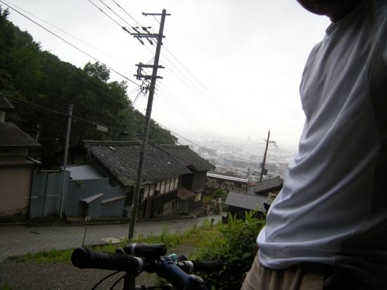 梅雨の雨上がりの泥遊び - 1